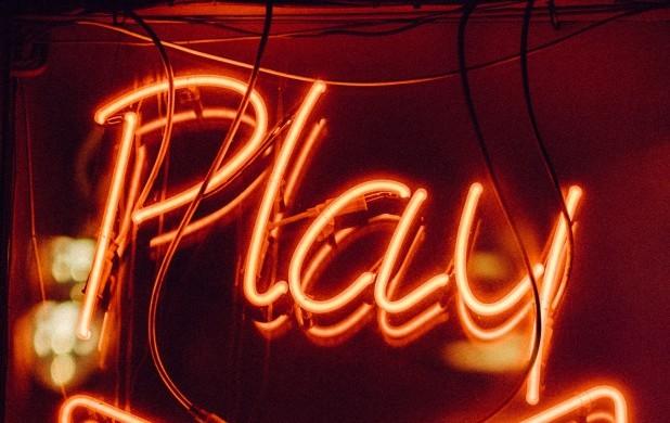 Vi trykker på play igen. Ungdomsskolen Skive er åben igen.