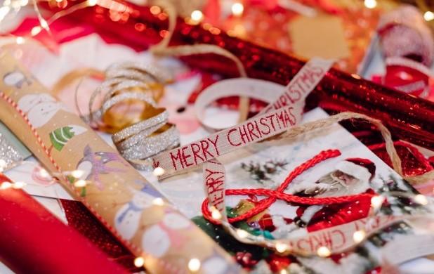 Lav smukt pynt til dine julegaver